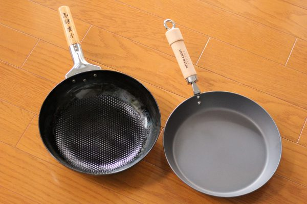 中華鍋と鉄フライパン